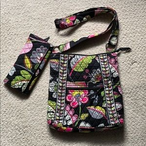 Vera Bradley crossbody/matching wallet